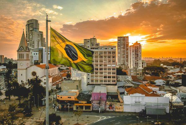 Comunisti in Brasile : storie, vicissitudini, prospettive