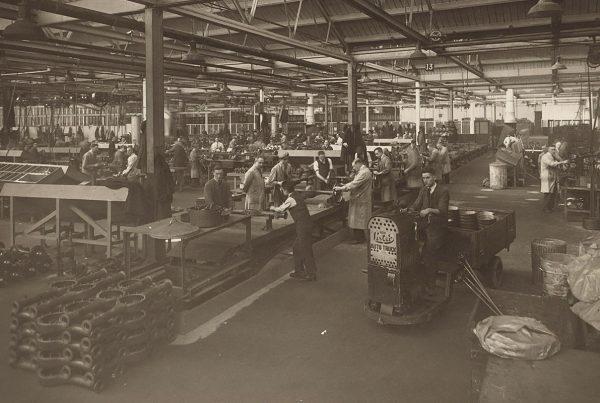 Articolo 1: lavoro o libertà?