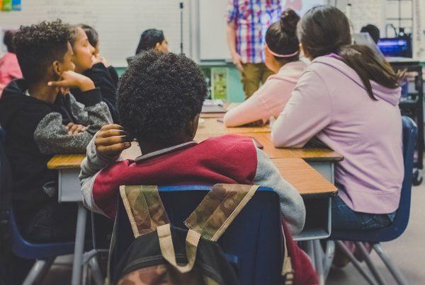 Pedagogia e immigrazione: alcune riflessioni di fondo
