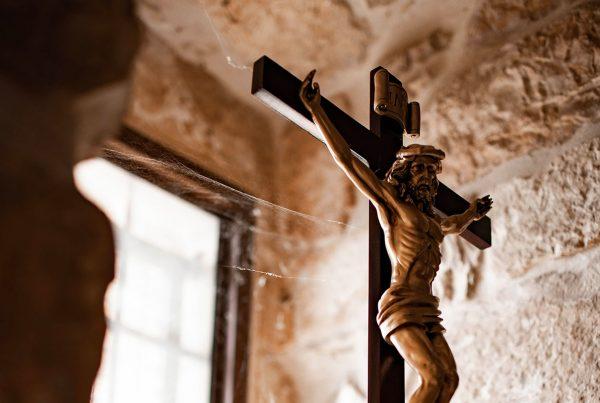 i laici nella costituzione divina della Chiesa
