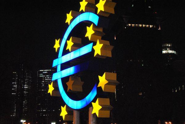 Eurobond o Buoni del Tesoro Circolanti Italiani per salvare l'Italia?