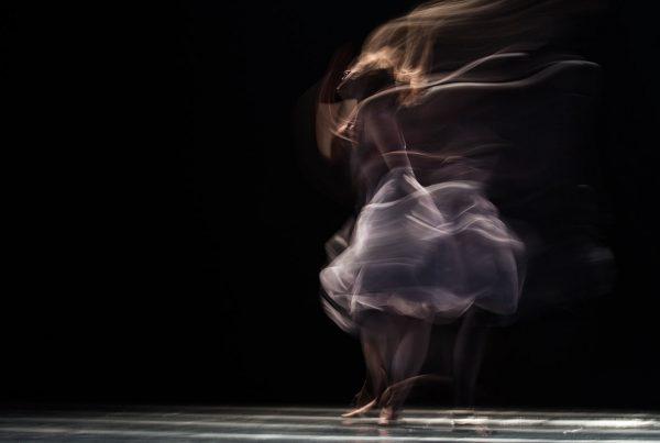 Gli schêmata e la caròla danzante nella produzione figurativa (I parte)